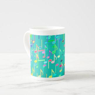Impresión de las notas musicales - turquesa, multi taza de porcelana