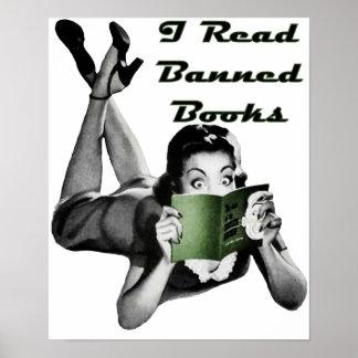 Impresión de los libros prohibidos poster
