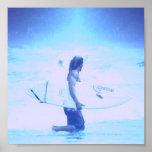 Impresión del poster del diseño que practica surf