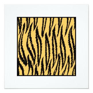 """Impresión del tigre. Modelo anaranjado y negro Invitación 5.25"""" X 5.25"""""""