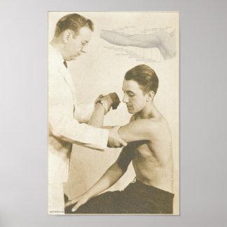 Impresión del vintage del examen del hombro de la  poster