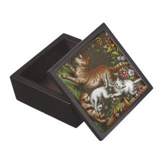 Impresión del vintage Gatitos que juegan en el ja Caja De Joyas De Calidad