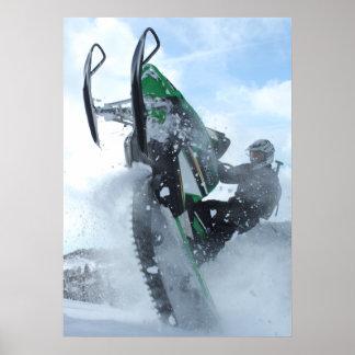 Impresión del Wheelie de la nieve Poster