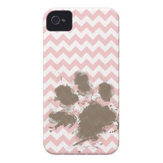Impresión divertida en rosas bebés Chevron rosa c iPhone 4 Case-Mate Coberturas
