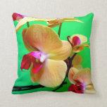 Impresión floral de la almohada