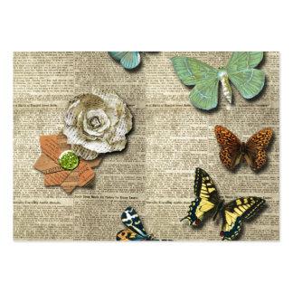 Impresión floral del periódico de la mariposa tarjetas de visita