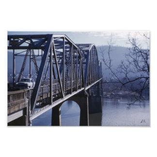 Impresión fotográfica del puente conmemorativo de  fotografía