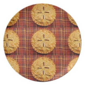 Impresión fresca de la empanada de manzana plato de cena