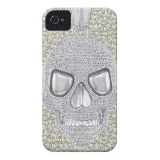 Impresión gótica de los diamantes del cráneo Case-Mate iPhone 4 funda