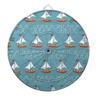 Impresión náutica del barco de vela tabla dardos