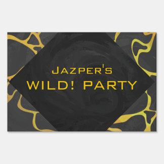 Impresión negra y amarilla de la jirafa letrero
