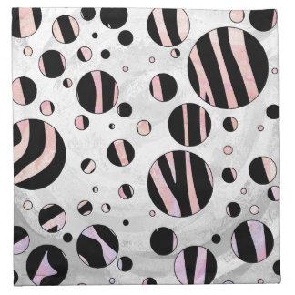 Impresión negra y rosada de la cebra servilleta de papel