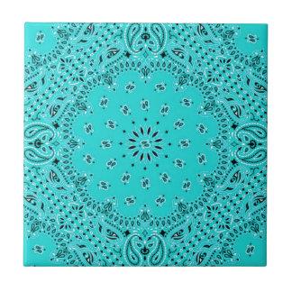 Impresión occidental de la bufanda del pañuelo de  azulejos cerámicos