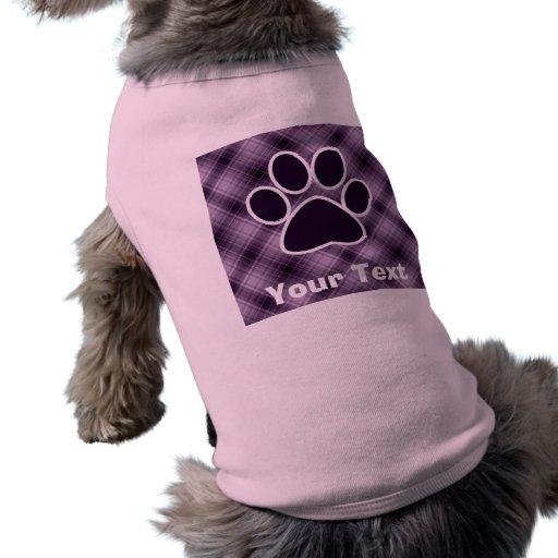 Impresión púrpura de la pata camisa de perrito
