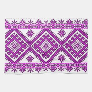 Impresión púrpura ucraniana de la toalla de té