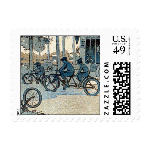 Impresión que monta en bicicleta del vintage sello postal
