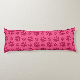 Impresión rosada de la pata del perro cojin cama