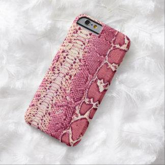 Impresión rosada hermosa de la piel de serpiente funda de iPhone 6 barely there