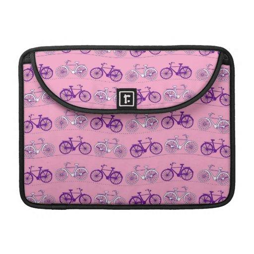 Impresión rosada y púrpura bonita de las bicis de  funda para macbooks
