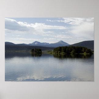 Impresión tranquila del poster de Dillon del lago