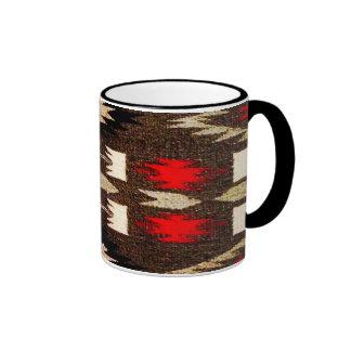 Impresión tribal del diseño de Navajo del nativo Taza De Dos Colores