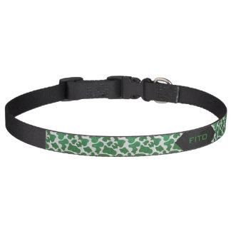 Impresión verde y blanca de la vaca collar para perro