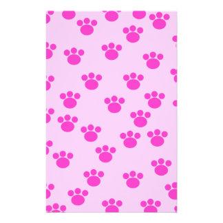 Impresiones animales de la pata Rosa rosa claro y Tarjeton