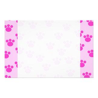 Impresiones animales de la pata. Rosa rosa claro y Papeleria