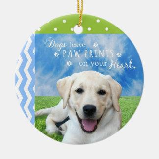 Impresiones de la pata de la licencia de los perro adorno