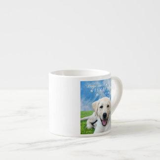 Impresiones de la pata de la licencia de los perro taza espresso