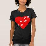 Impresiones de la pata en mi corazón - rojo camiseta