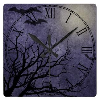 Impresiones fantasmagóricas de Halloween Reloj Cuadrado