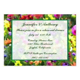 Impresiones florales que casan la cena del ensayo invitación 12,7 x 17,8 cm