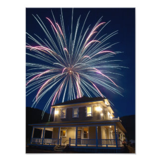 IMPRESIONES - fuegos artificiales sobre la casa de Cojinete
