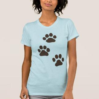 Impresiones grandes de la pata del perro camisetas