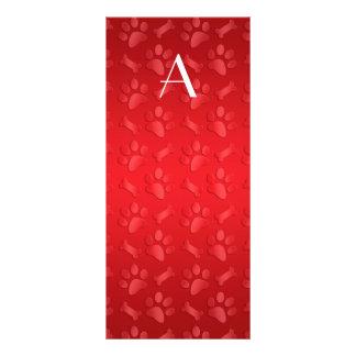 Impresiones rojas brillantes de la pata del perro  diseños de tarjetas publicitarias