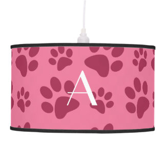 Impresiones rosas claras de la pata del perro del