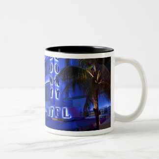 Impulsión del océano playa del sur Miami Beach Taza