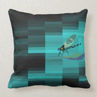in a modern way and coloured kiss with libelle pillow