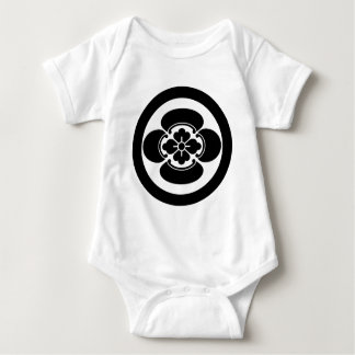 In circle Japanese quince T Shirt