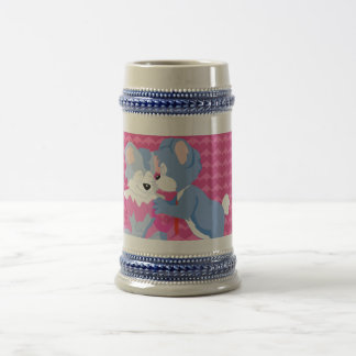 In love bears with pink hearts background 18 oz beer stein