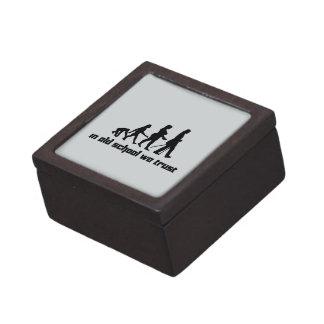 In old school we trust 2 gift box
