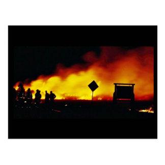 Incendio fuera de control en la reserva primera de postales