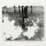 Incidente no.2 del fuego amigo de WWII B-17 Alfombrillas De Ratón