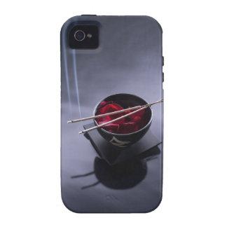 Incienso ardiente encima del cuenco de pétalos iPhone 4/4S carcasas