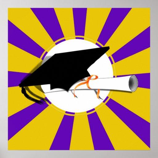 Inclinación y diploma del casquillo del graduado c póster
