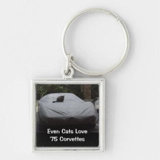 Incluso amor de los gatos de 'llavero 75 Corvettes Llavero Cuadrado Plateado