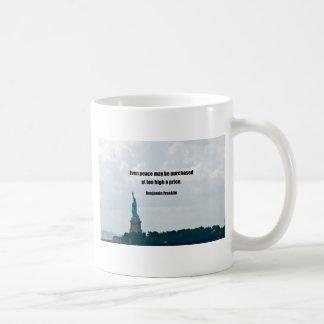 Incluso la paz se puede comprar en un precio demas taza básica blanca