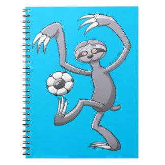 Incluso una pereza puede jugar a fútbol como el spiral notebooks