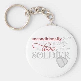 Incondicional en amor con mi soldado llavero redondo tipo pin